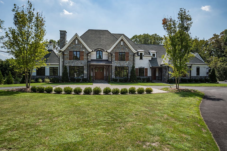 Casey Margenau has a Realtor that can find your a luxury home in McLean, VA